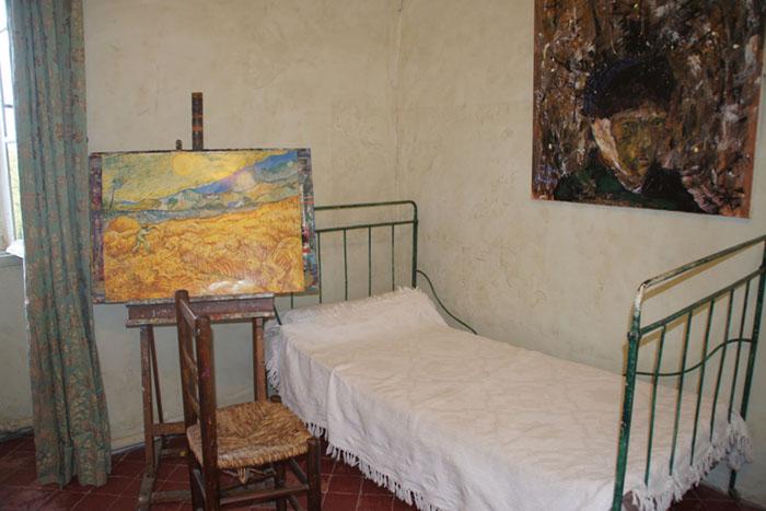 Noite Estrelada; Quarto em Saint-Remy onde Van Gogh viveu por 1 ano e pintou mais de 100 obras