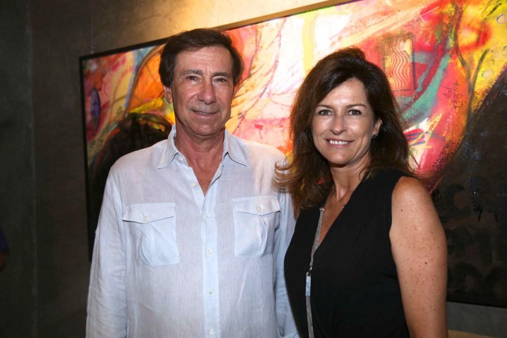 Filinto Moraes e Adriana Kroehne