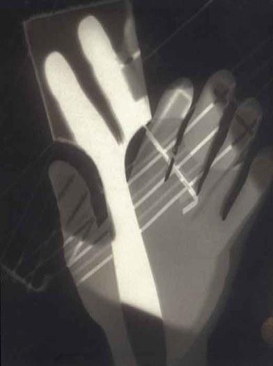 László Moholy-Nagy. Fotograma (1926)