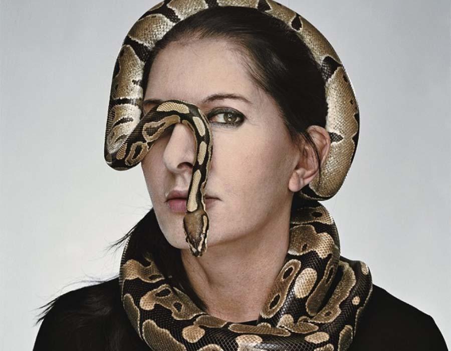 Marina Abramović   O limite entre o perigo e a performance art