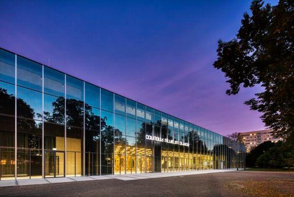 Bauhaus Museum Dessau. Architecture by addenda architects. Light by Zumtobel Group. Créditos: Faruk Pinjo, 2019.
