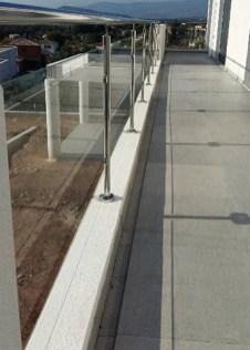Photo garde-corps vitrerie extérieur inox vitré