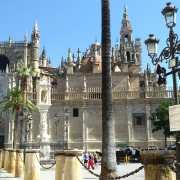 Arquitectura religiosa en Sevilla: Santa Iglesia Catedral y Giralda (Foto: Francisco Calvo)