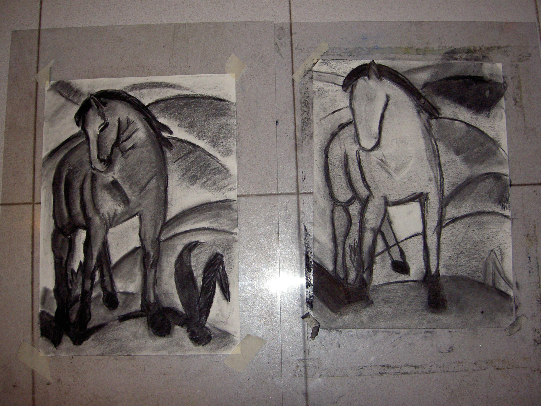 trabajo artistico con carboncillo