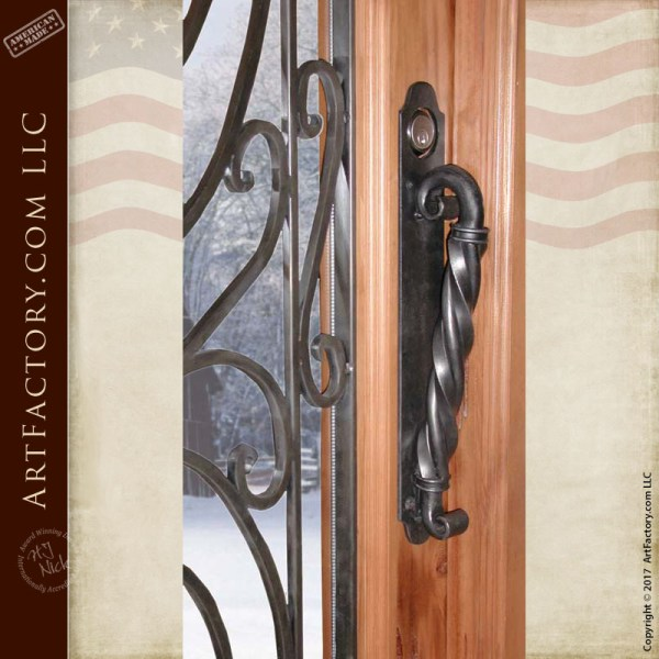 center twist scroll bar door pull