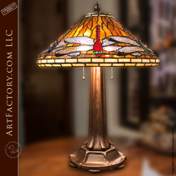 Tiffany style lamp stained glass dragonfly table lamp