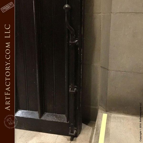 Vertical Slide Bolt Door Hardware, Custom Iron - HH375