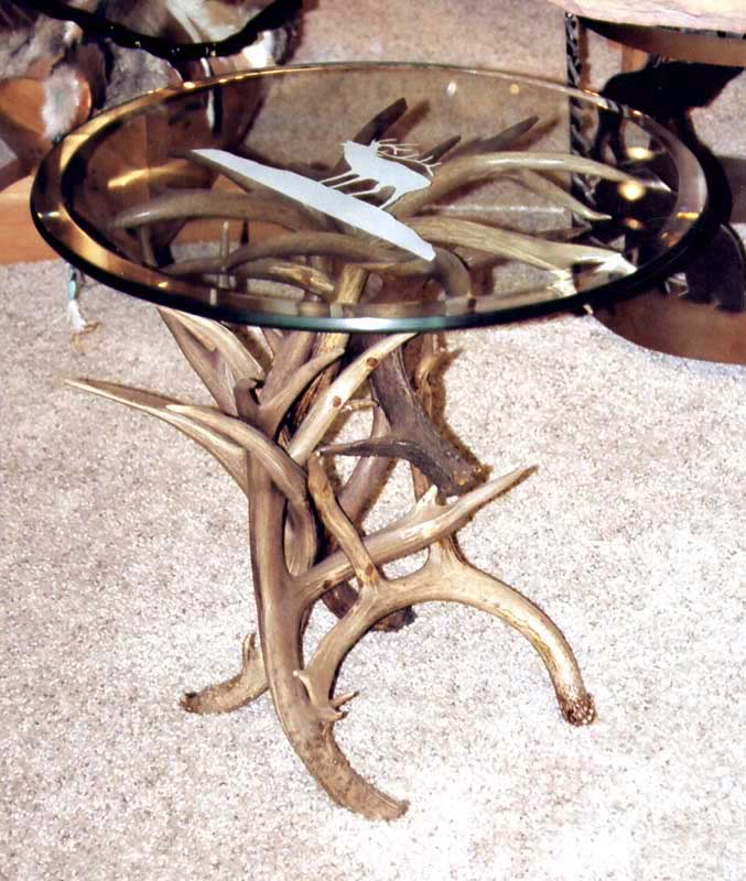 ... End Table   Natural Deer Antler Round Table   MLT534A