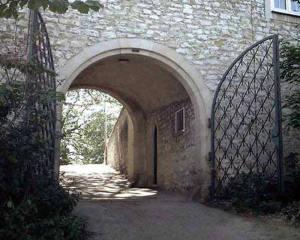 Iron Gates - Thornbury Castle 15th Cen England - 1211IG