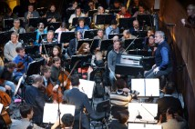 mar-press-still-10-gergiev-with-orchestra
