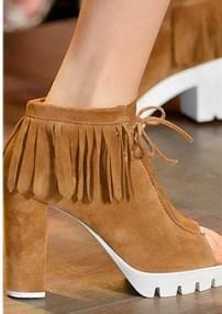 spring_summer_2016_shoe_trends_fringed_shoes (2)