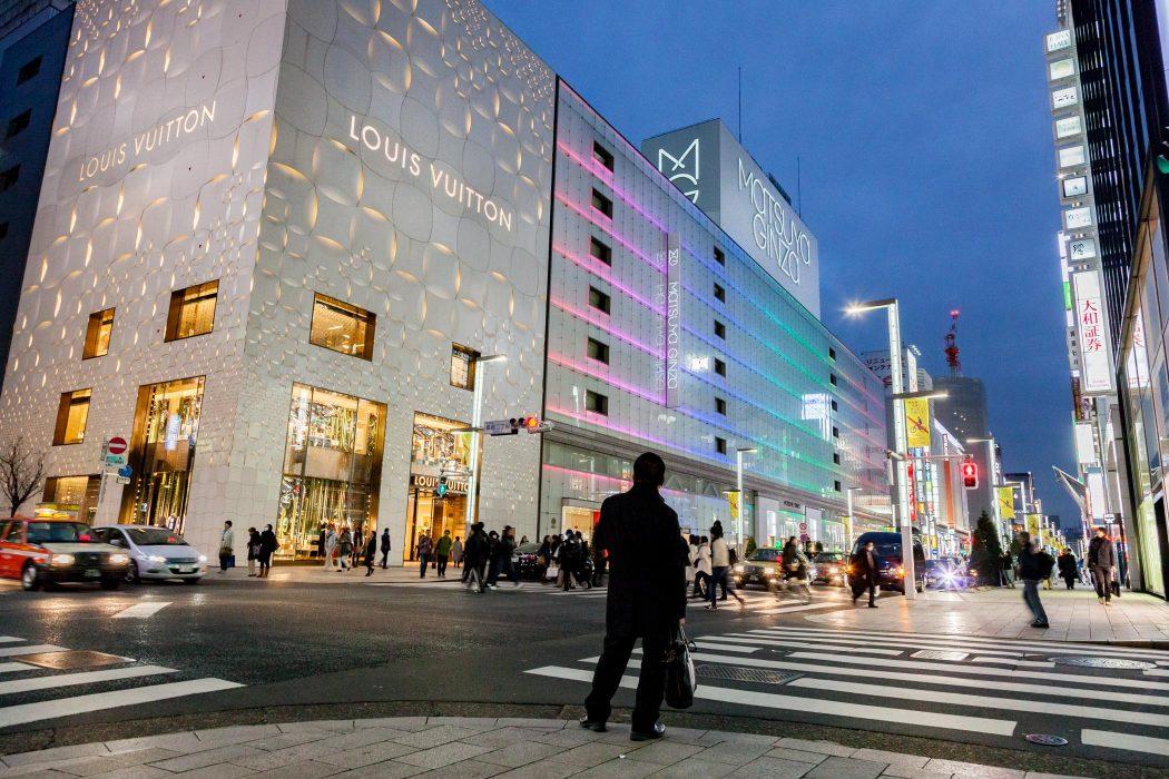5 Lokasi Berbelanja Di Jepang