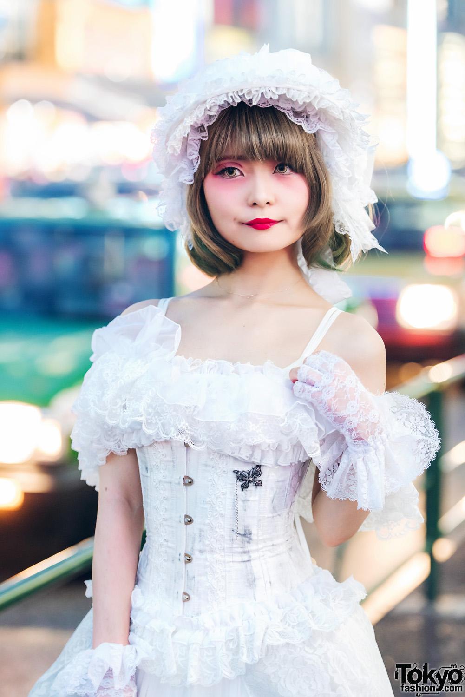 Fashion Jepang Gaya Lolita Akan Terus Populer Dalam Harajuku Fashion