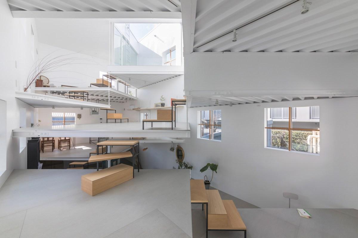 Studio Arsitek Tato Ciptakan Rumah Berkonsep Kebersamaan Di Osaka