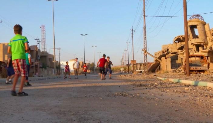 Still de Children's Games #19: Haram Soccer, de Francis Alÿs
