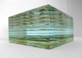 6 Peter Wechsler, Glasobjekt (Seitenansicht), 2010, 20 x 20 x 13 cm, Monogrammiert