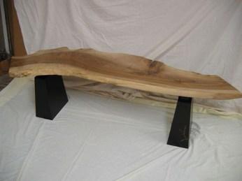 walnut_bench