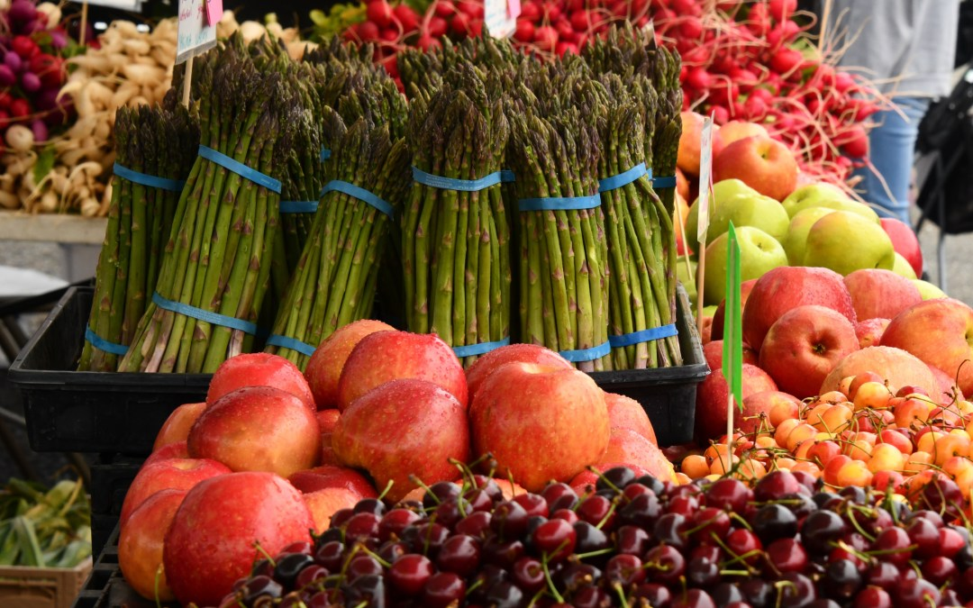 How to Shop Our Favorite Twin Cities Farmers' Markets