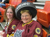 Chicago Wolves (and Barons) fans!