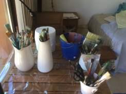 brushes waiting