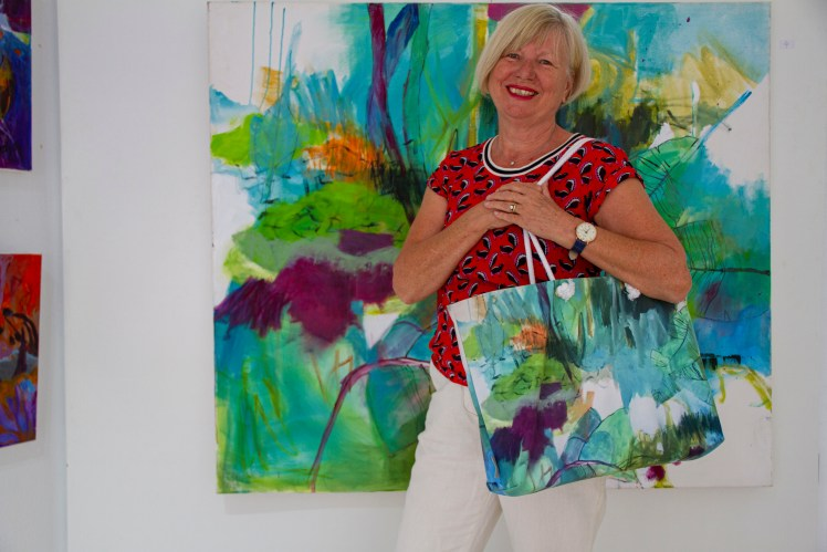 Incredible! The exhibition is open! Gerrit Oppelland-Hampel in front of her Painting Woodland