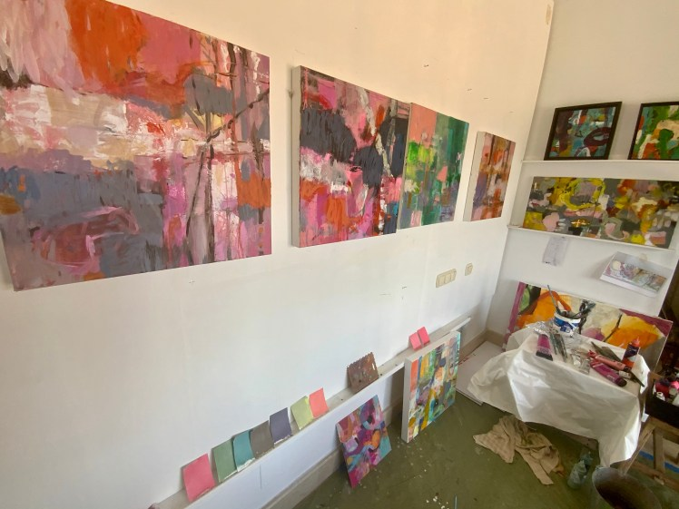 A seines of WPS's on the Wall -pink series