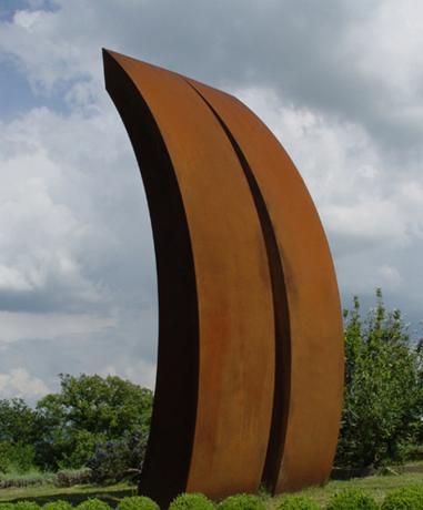 Моноліт Лонга. 2006. Кортен-сталь. 500 x 80 x 230 см