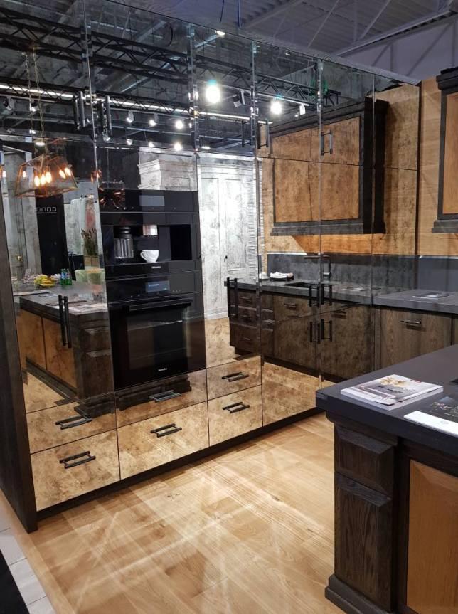 Keuken meubels met Antieke spiegels
