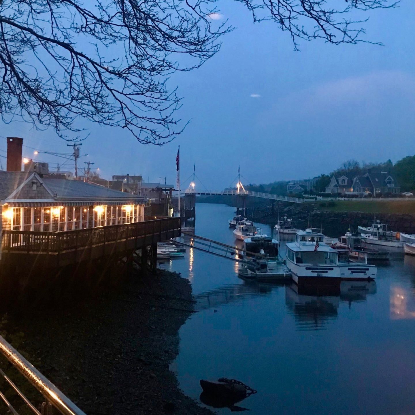 restaurant homard ogunquit barnacle billy's perkins cove