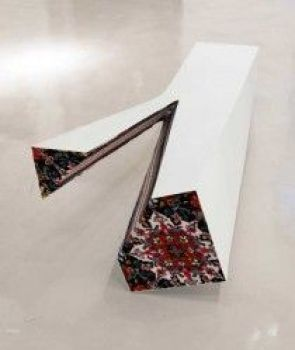 Depth. Stainless steel, acrylic paint, handmade woolen carpet. 150 X 70 X 40 cm