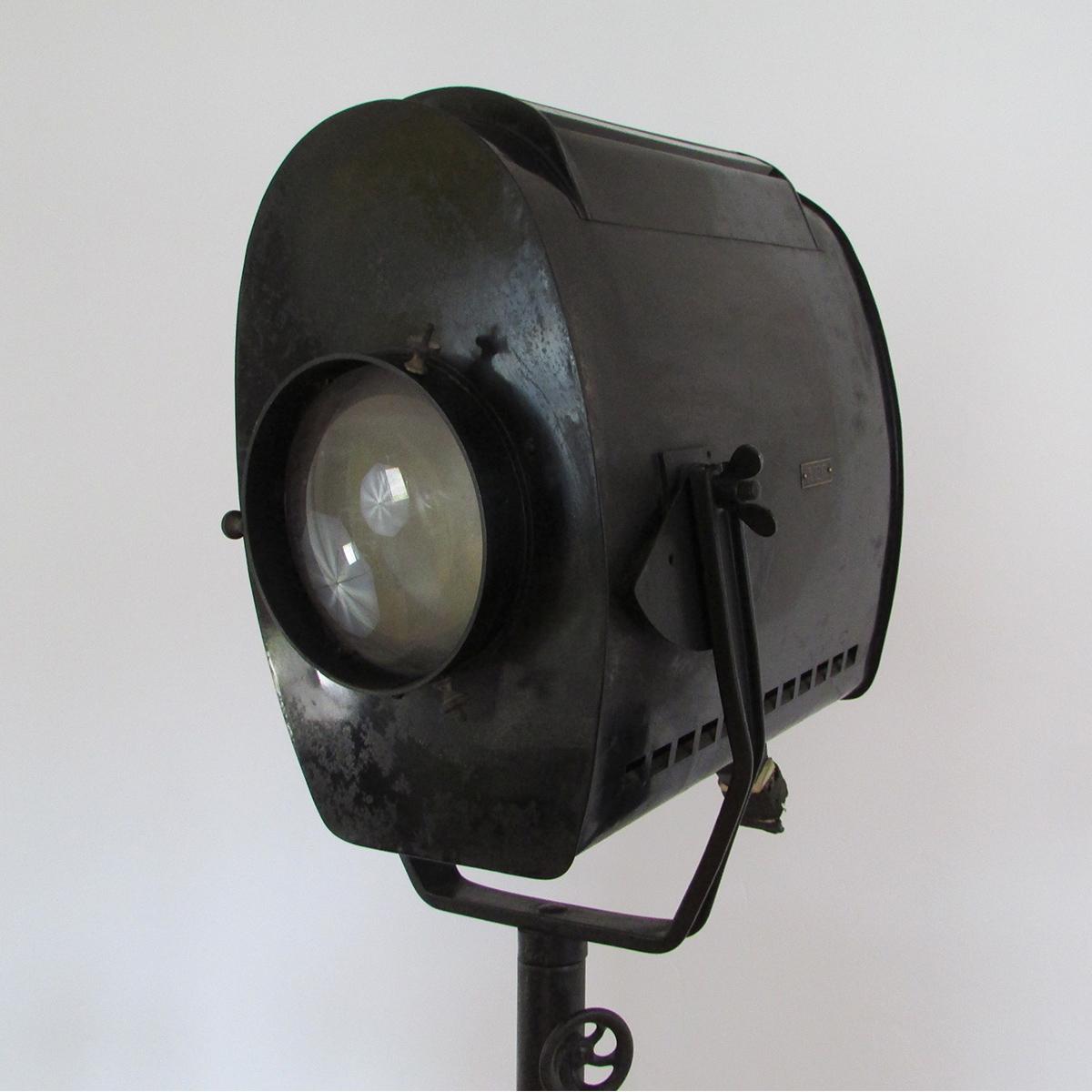 AEG-cinema-lamp-light-projector-vintage