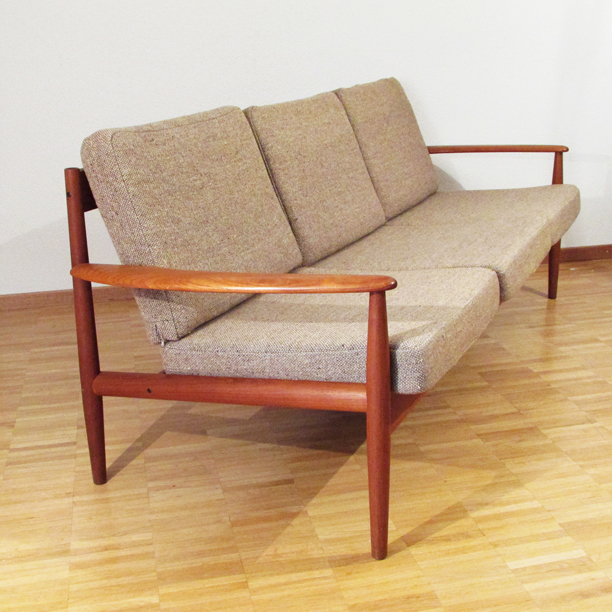 Grete Jalk sofa for Cado | Artichoke Vintage Furniture