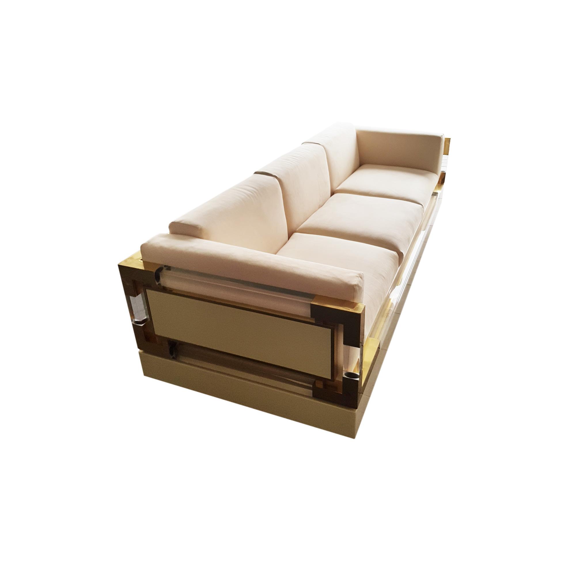 hollis jones three seater sofa