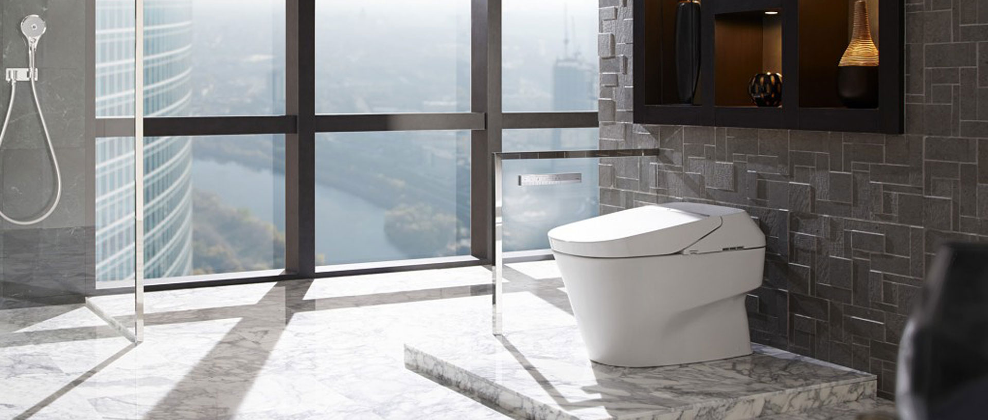 Modern Toilet Gets A High Tech Makeover Consumer Reports