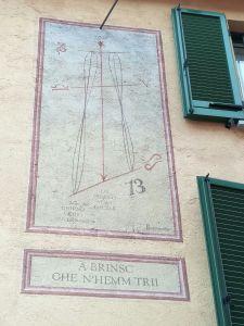 Orologio Solare - Brinzio (VA)