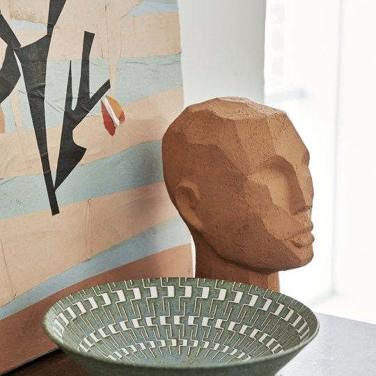 Sculpture tête abstraite en terracotta