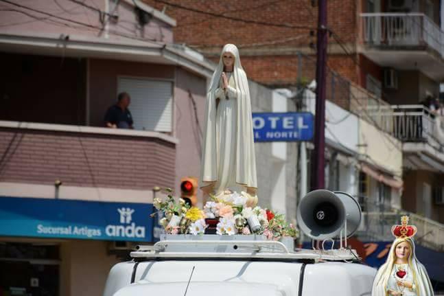 El pueblo artiguense le dió la bienvenida a la virgen de Fatima