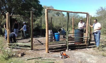 Comenzó en Artigas taller sobre construcción de casas de barro