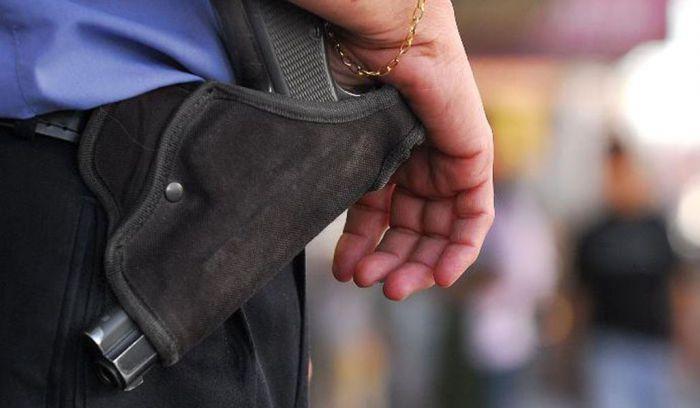 EL JEFE DE POLICÍA SE REFIRIÓ AL ROBO DE ARMAS A UNA EFECTIVA POLICIAL :