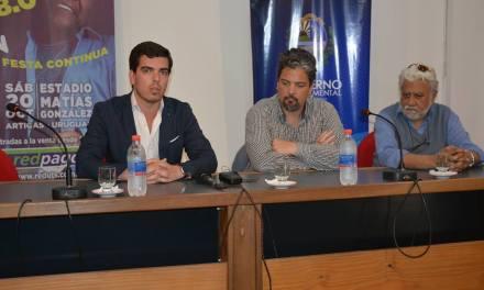 SE PRESENTÓ EL ESPECTÁCULO INTERNACIONAL DE MARTINHO DA VILA EN SALTO y BELLA UNIÓN