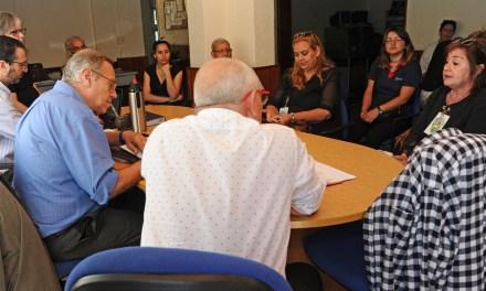 SECRETARIOS DE ESTADO SE REUNIERON CON AGRUPACIONES SOCIALES Y COMERCIALES