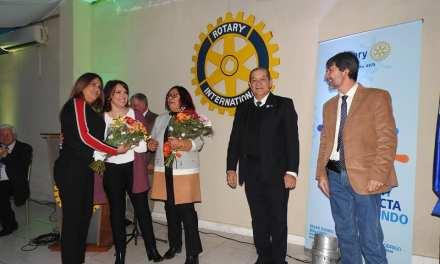 JULIO MULLER ES EL NUEVO PRESIDENTE DE ROTARY Y ANDREA BENTANCOR DE MADER