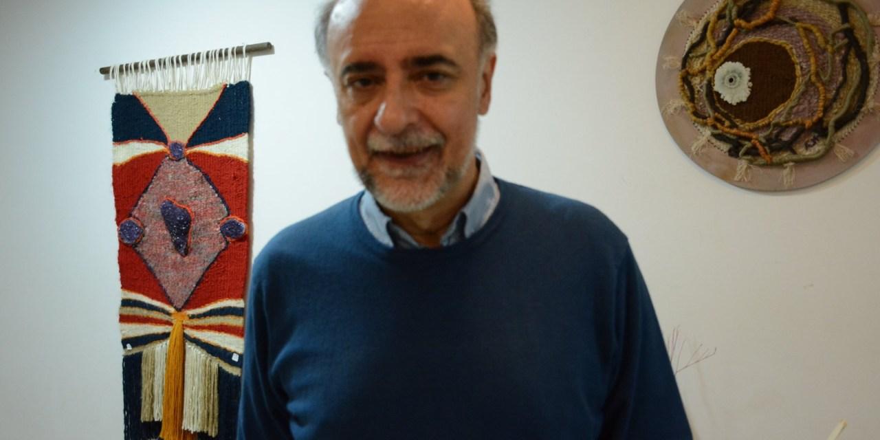EL CANDIDATO PRESIDENCIAL PABLO MIERES RECORRE LA CIUDAD DE ARTIGAS