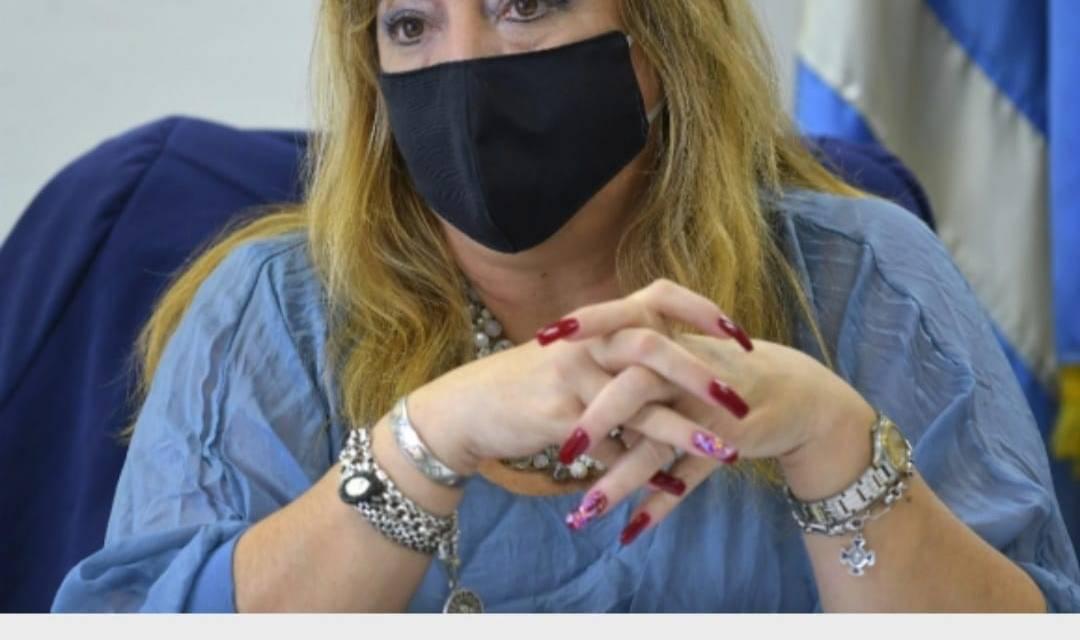 MINISTRA ARTIGUENSE DE VIVIENDA, IRENE MOREIRA, NO FIRMÓ PROYECTO DE LEY DE URGENTE CONSIDERACIÓN.