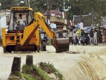 bulldozer banjir