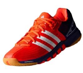 sepatu badminton