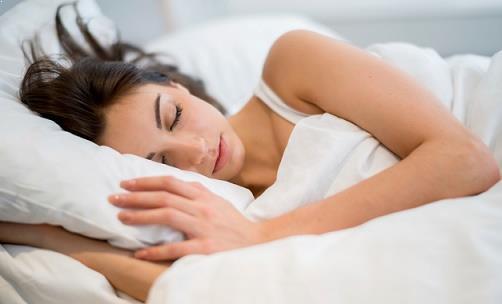 tidur tenang di hotel