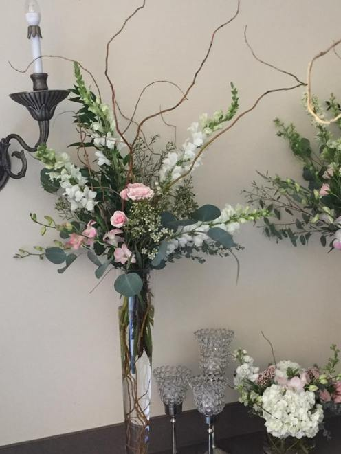 High centerpiece- natural and romantic