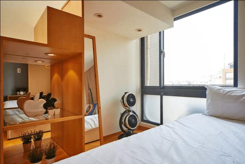 Kenny's New York Apartment-10