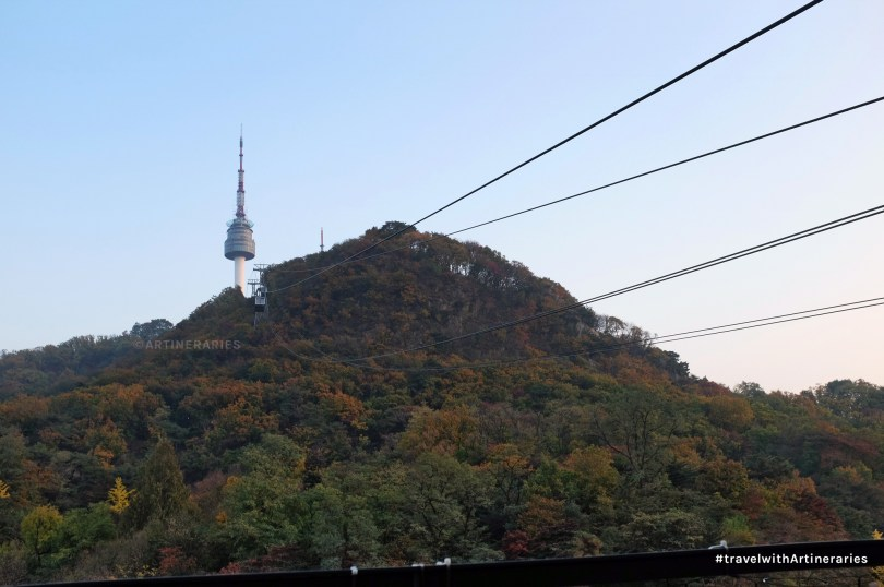 The view of the tower from the cable car, October 2014 / Photo by Ivan Angelo